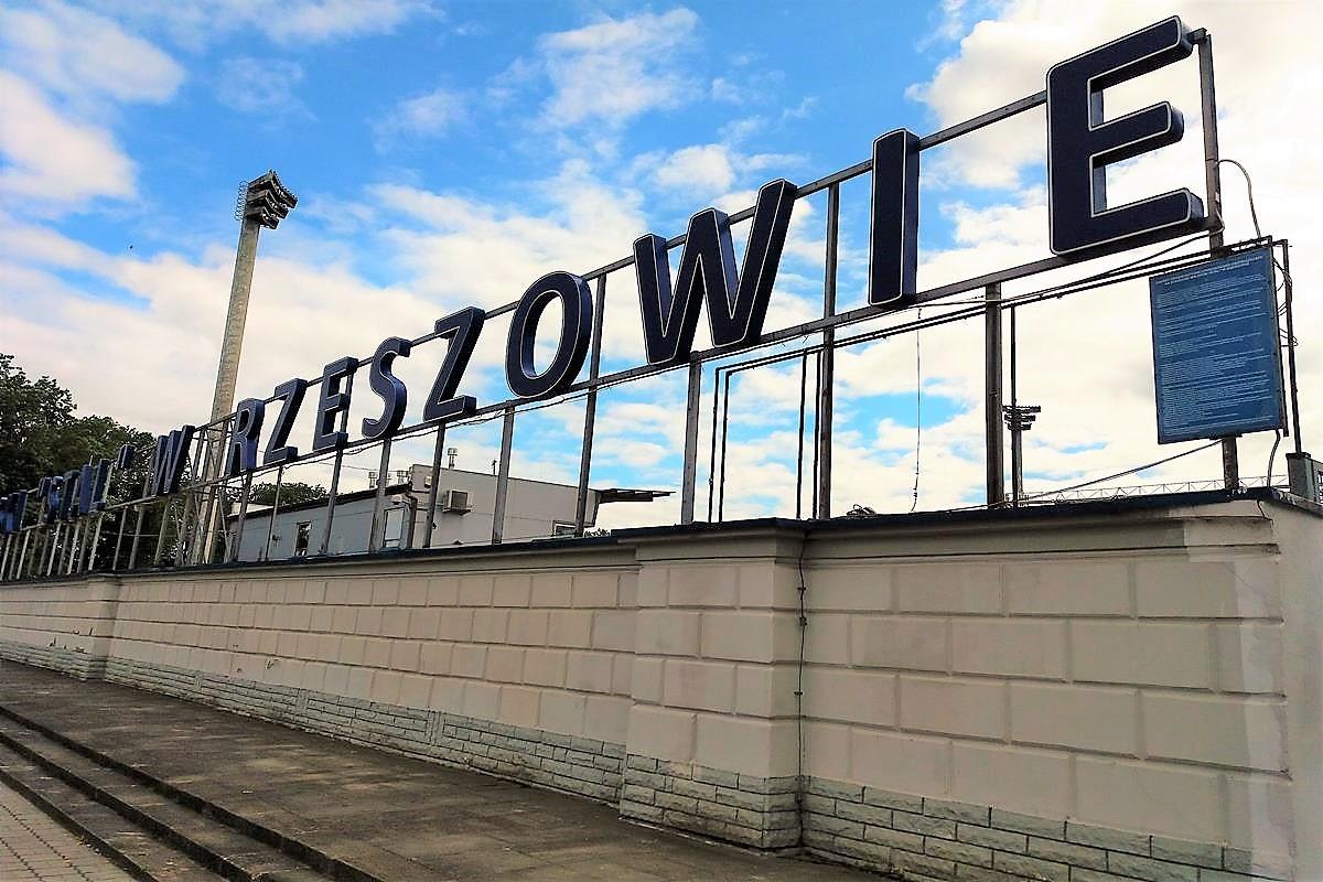 Stal Rzeszów_stadion_SG (1)