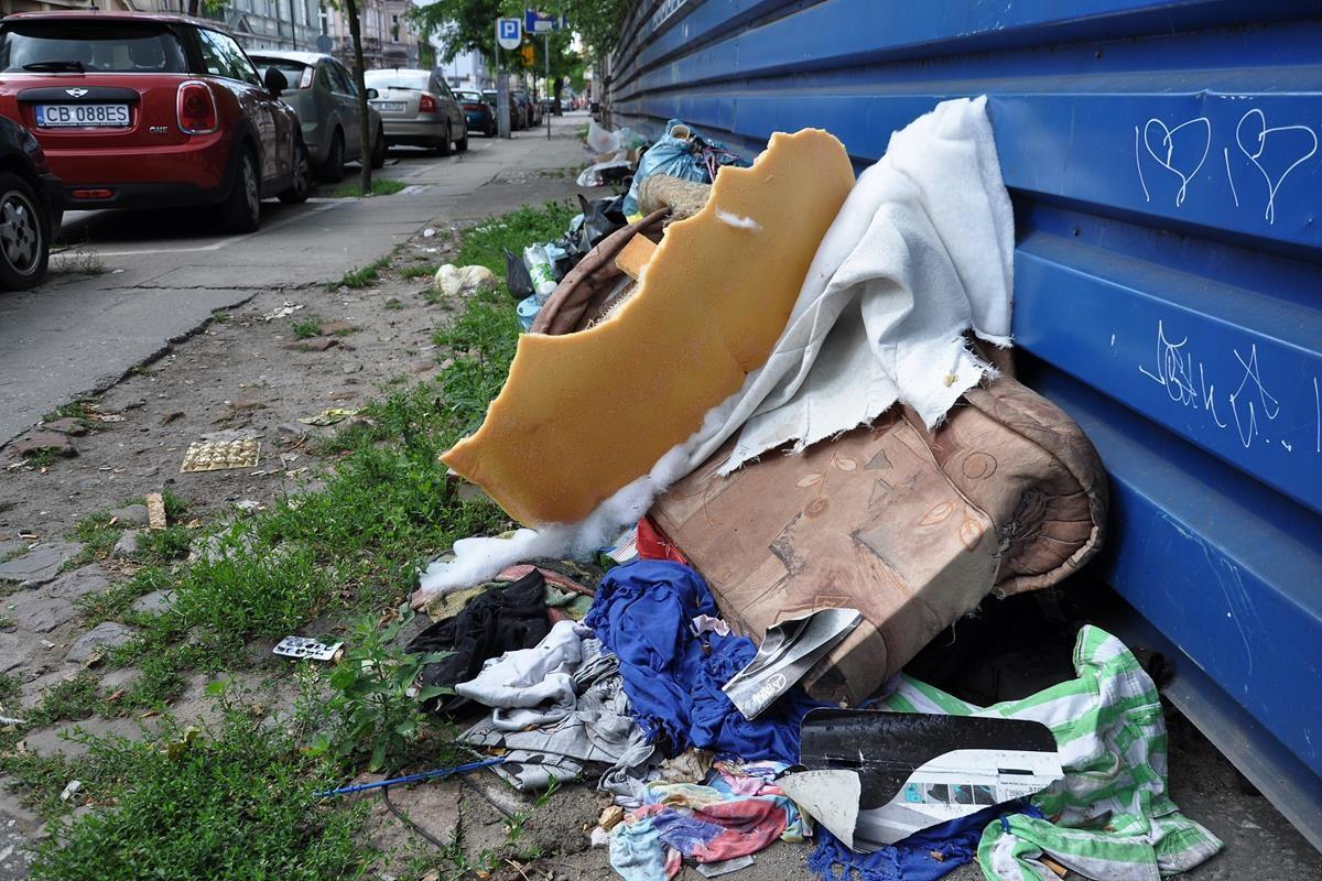 Wysypisko śmieci na Pomorskiej_SG (5)