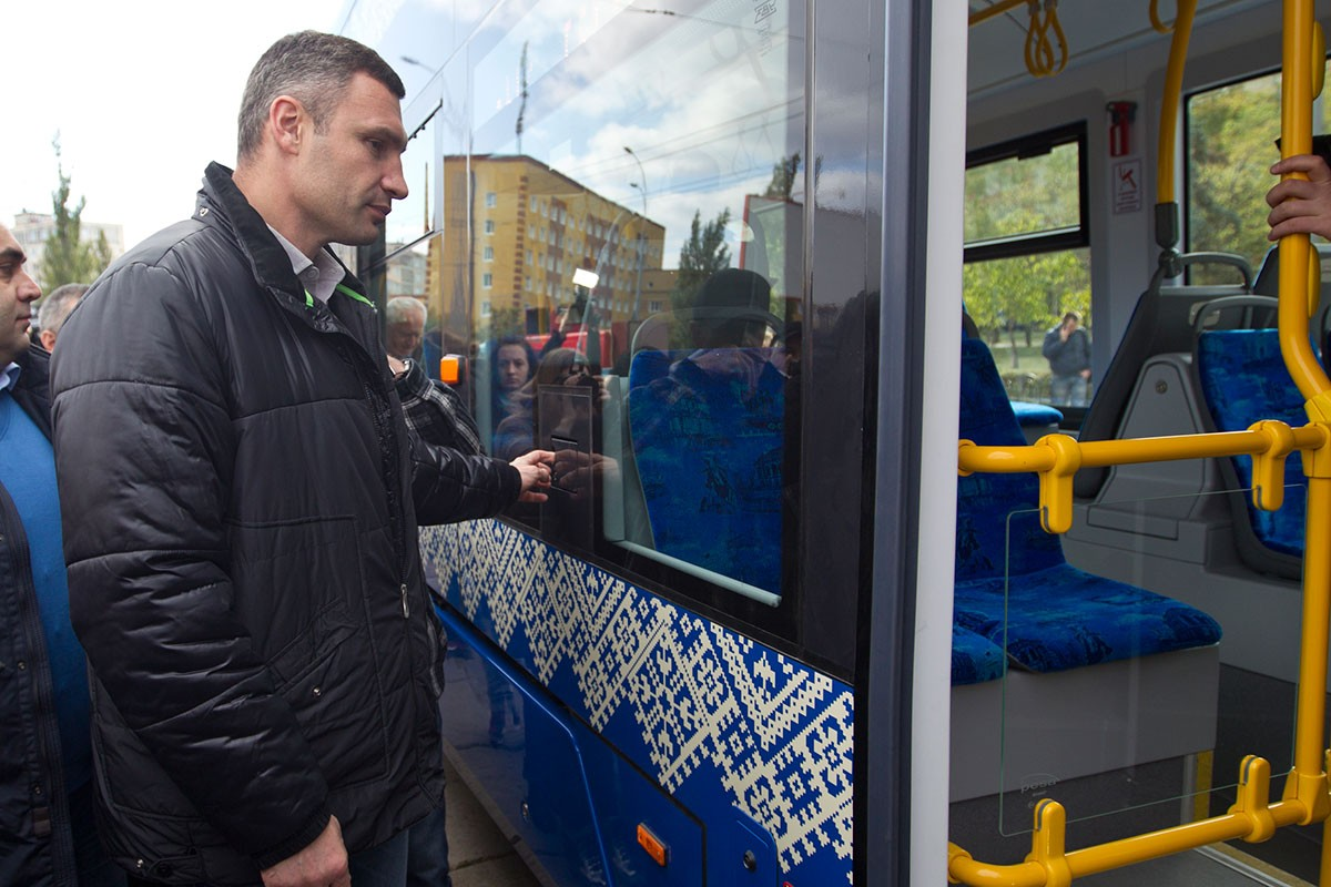 witalij_kliczko_fokstrot_mat_prasowe
