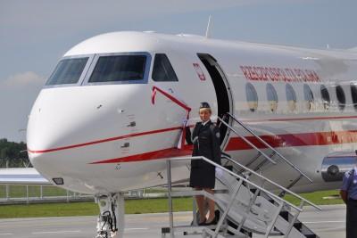 wzl 2, samolot, gulfstream g550 - st (6)