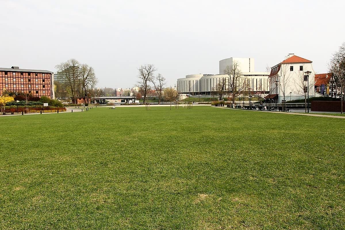 Bydgoszcz_Wyspa Młyńska_Mostowa_Stary Rynek_Opera Nova_Młyny Rothera_Focha_SG (14)