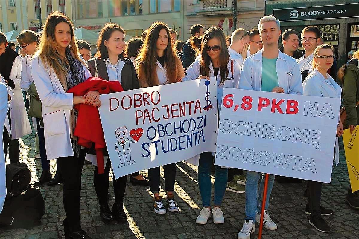 Akcja protestacyno-edukacyjna lekarzy_SG (13)