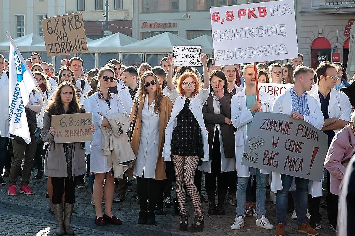Akcja protestacyno-edukacyjna lekarzy_SG (20)