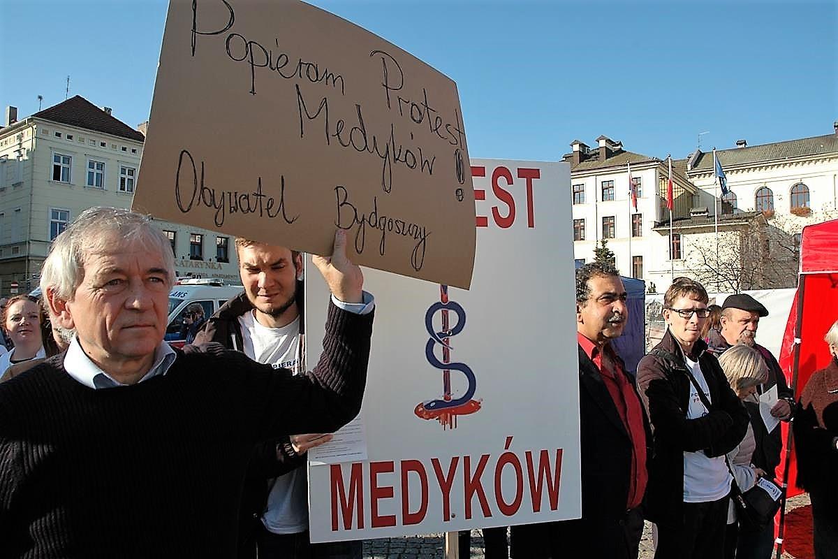 Akcja protestacyno-edukacyjna lekarzy_SG (22)