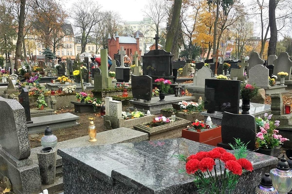 Cmentarz Starofarny_SG (17)