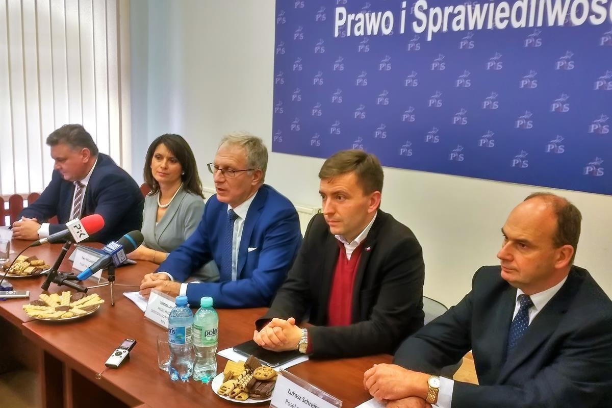 Konferencja prasowa posłów PiS
