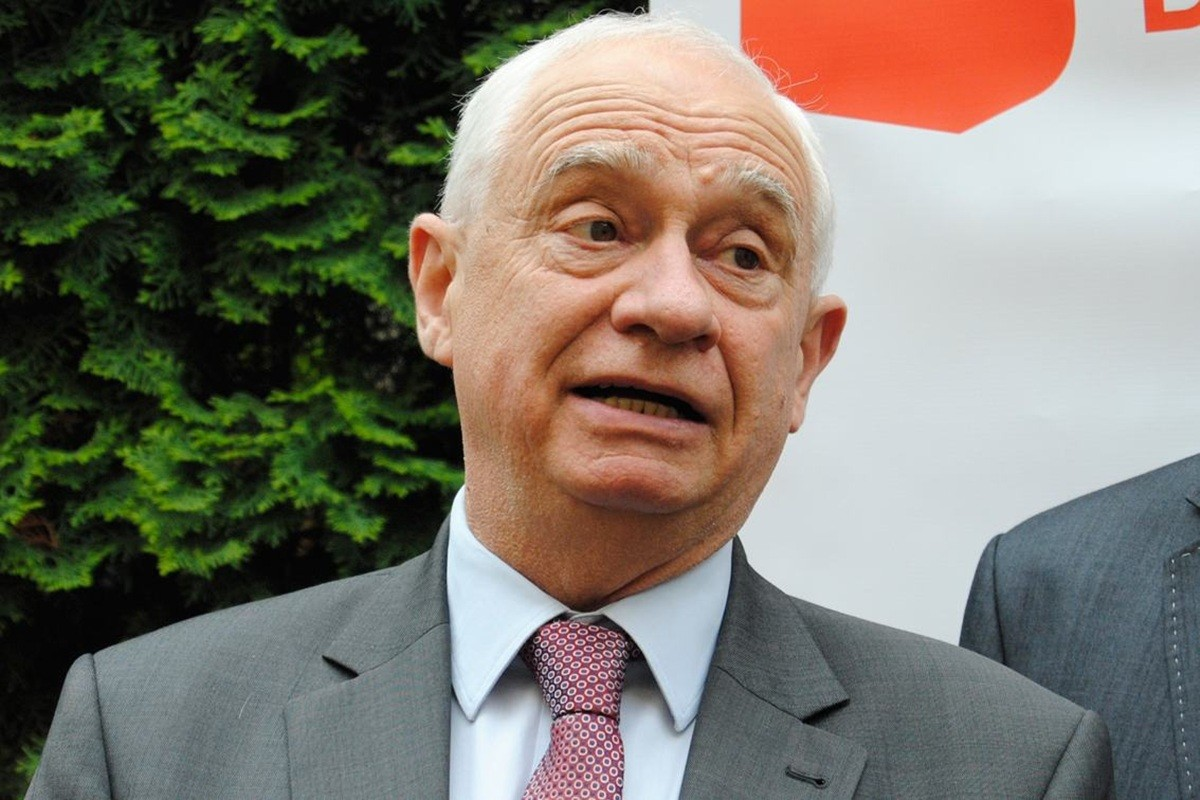 Janusz_Zemke -  LG (1)