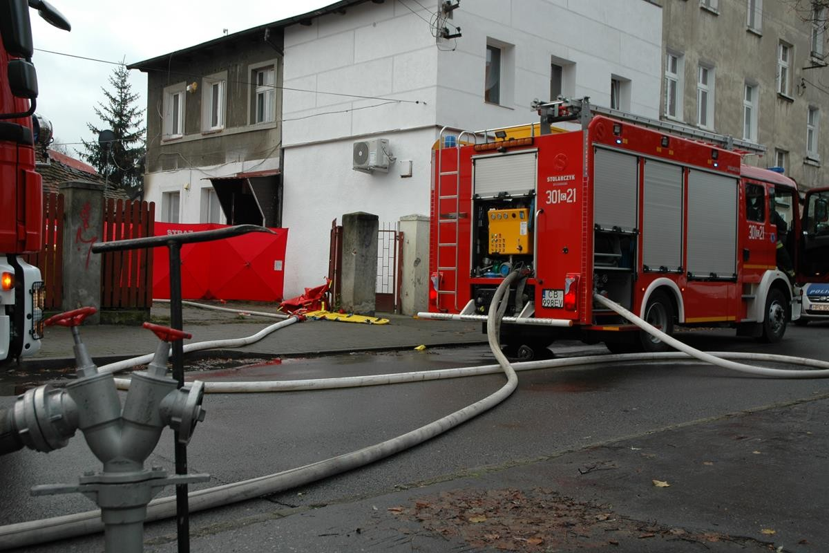 Pożar_straż pożarna_Nowodworska_SG (9)