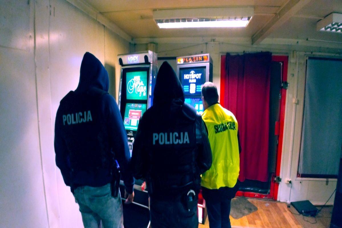 automaty do gry_akcja policja_Pakość