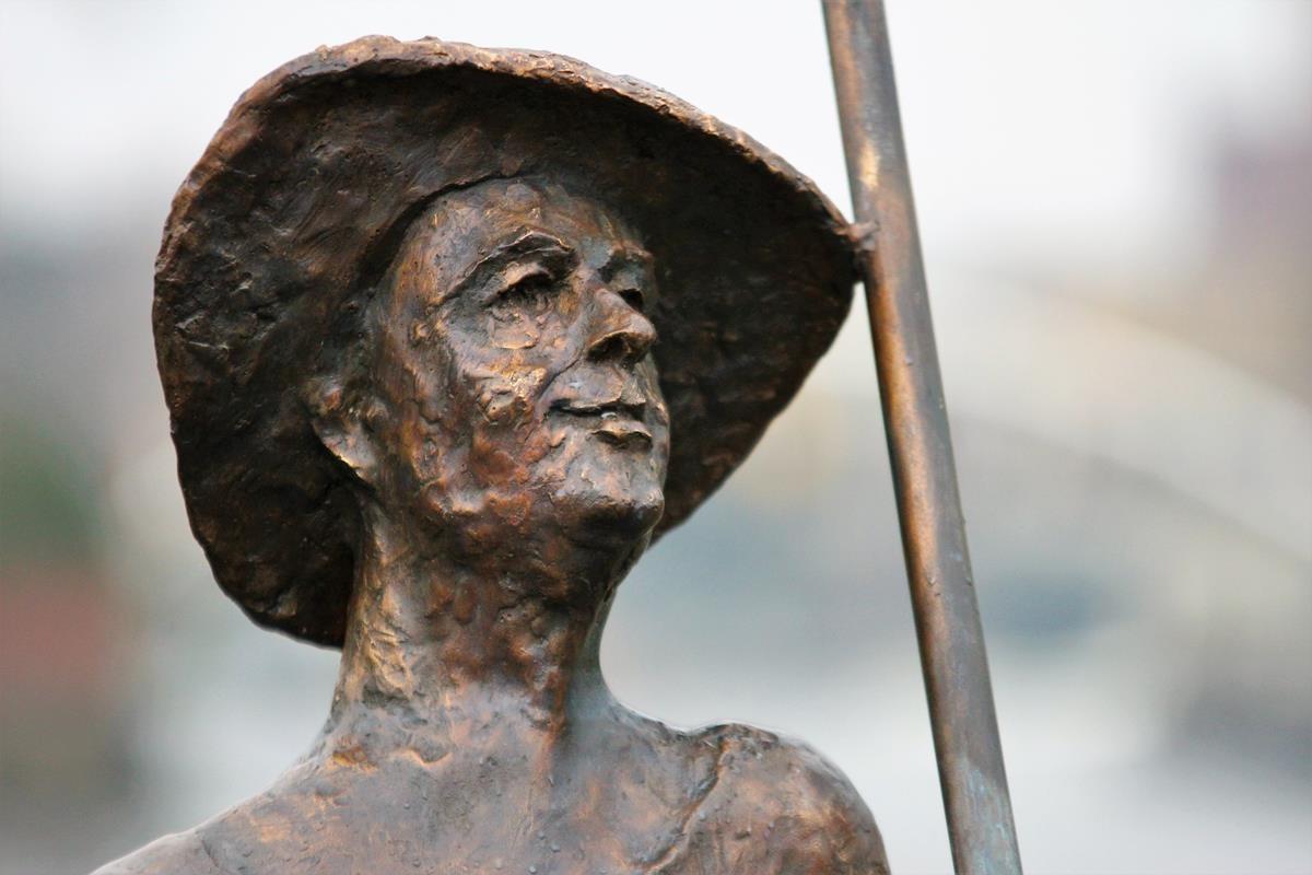 Rzeźba Flisaka nad Brdą_SG (7)