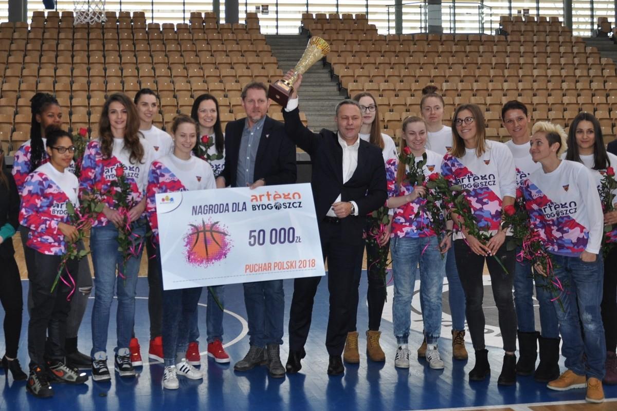 Artego_gratulacje prezydenta za Puchar Polski_SF