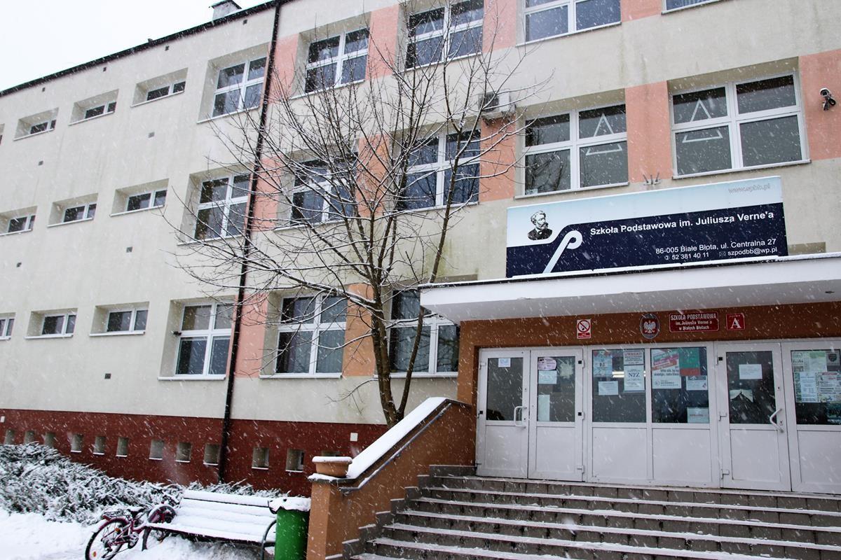 BIAŁE BŁOTA_szkoła podstawowa2_SG (2)