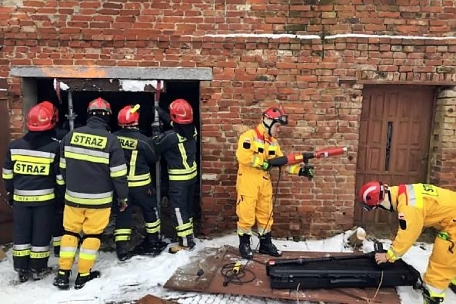 Strażacy ćwiczą na S5