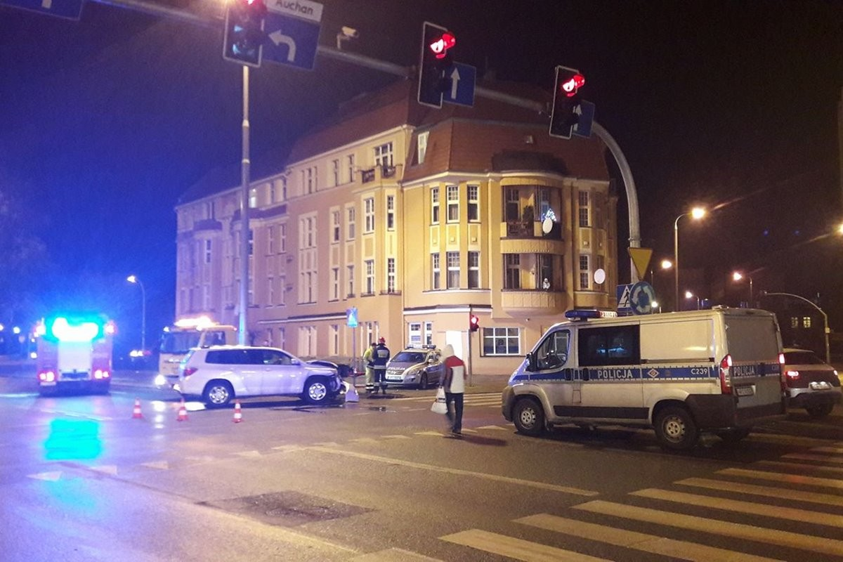 rondo_grunwaldzkie_wypadek_radiowoz_nadeslane