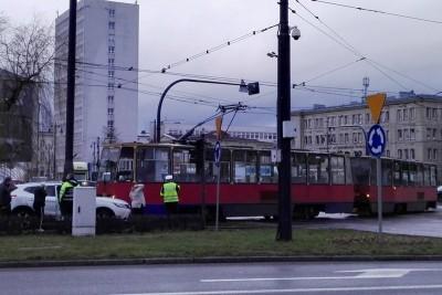 rondo jagiellonow, tramwaj, kolizja - bb