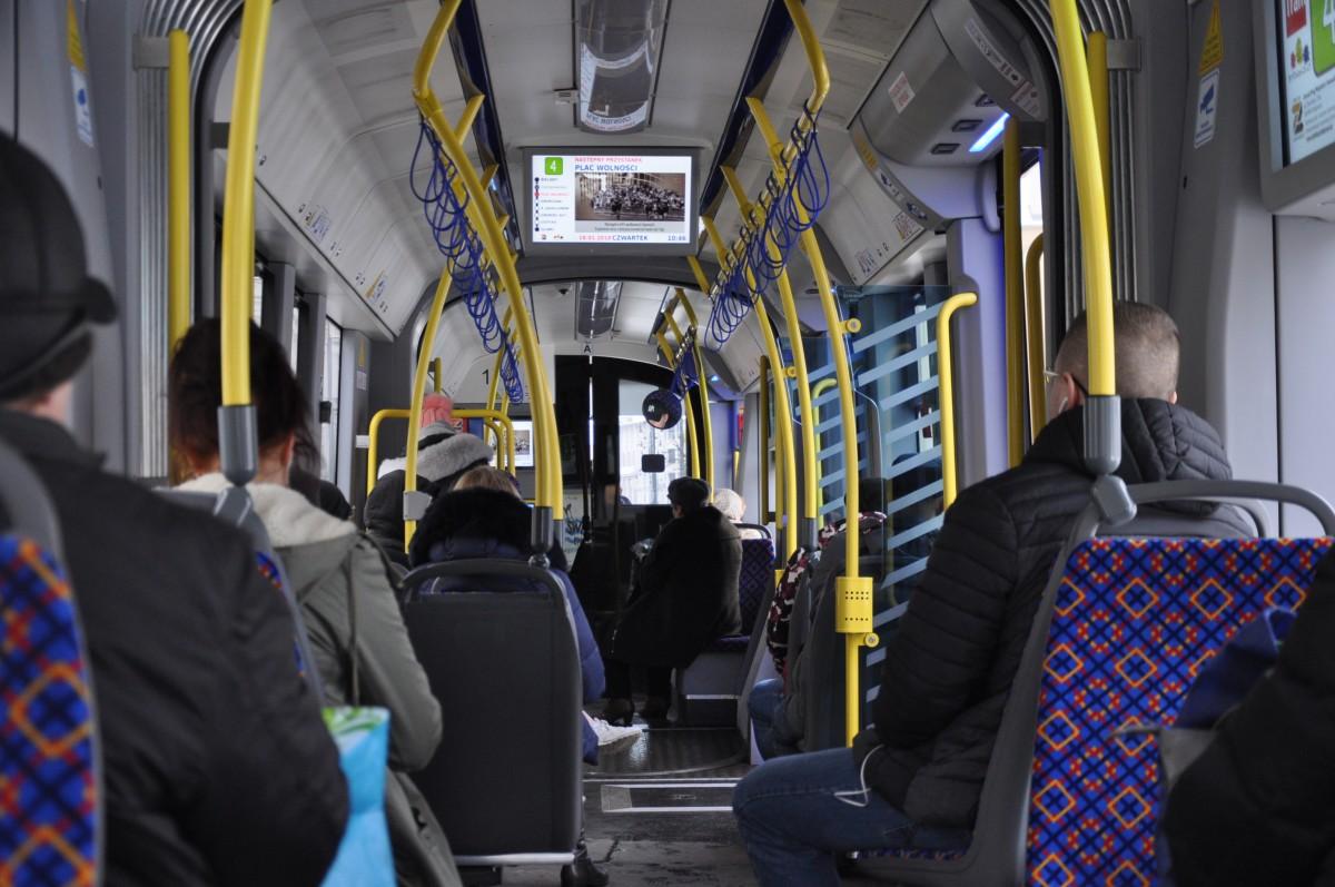 tramwaj, komunikacja miejska, linia nr 4, plac wolności - st
