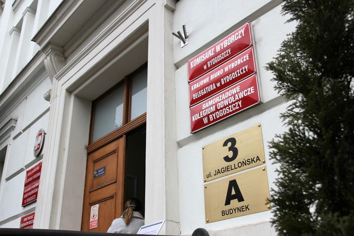 Komisarz wyborczy_tablica na UW_SG (1)