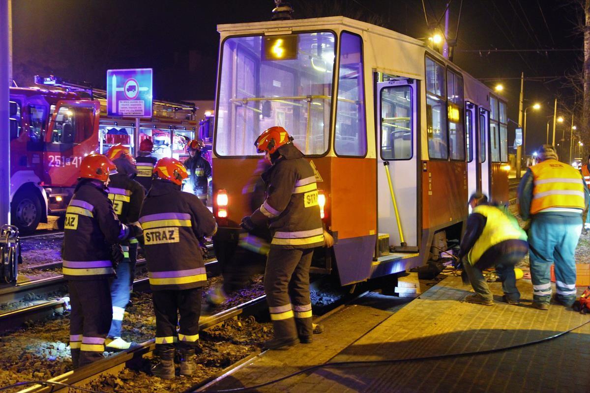 Potrącenie przez tramwaj_SG (1)