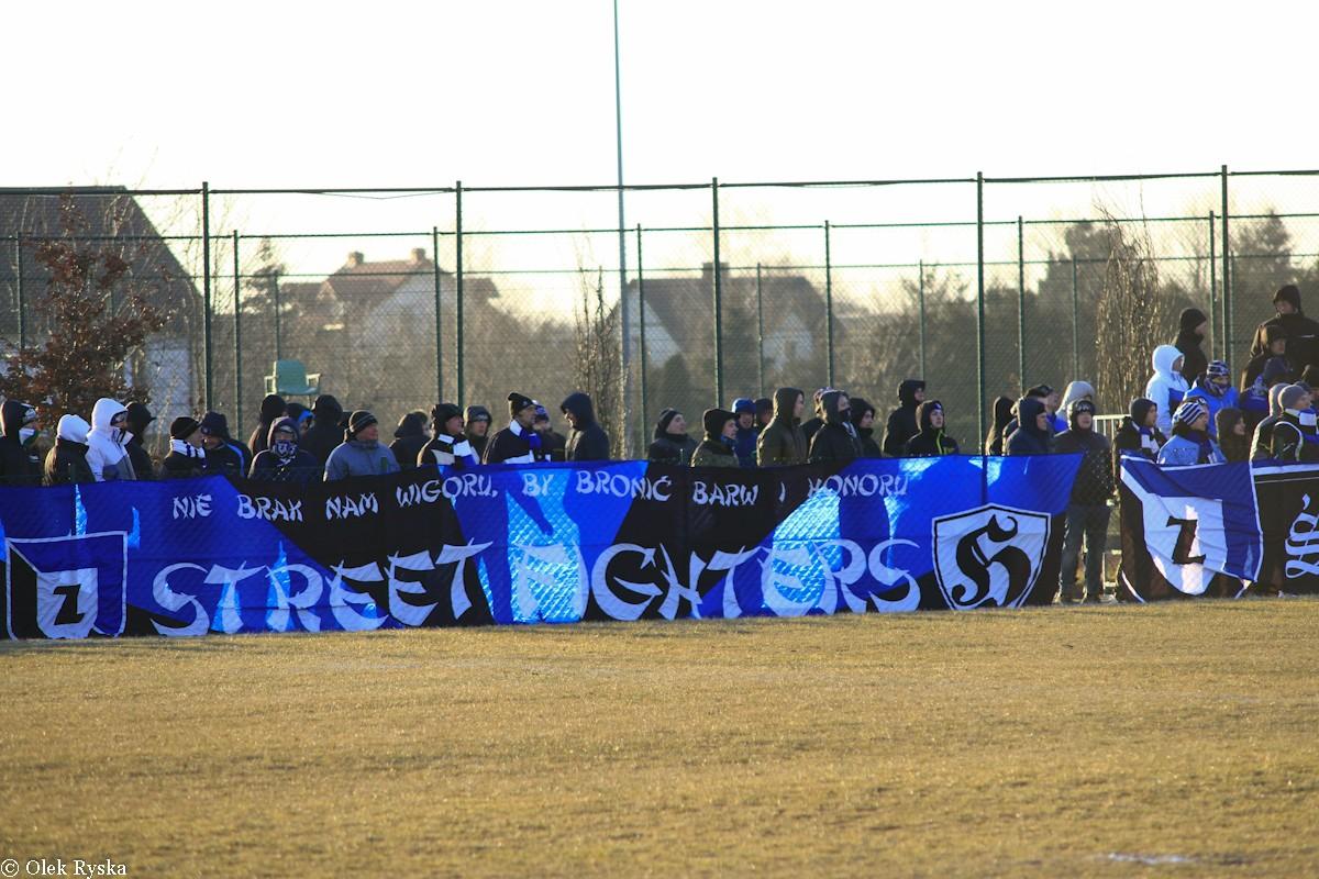 GLKS Dobrcz-Zawisza Bydgoszcz_ A klasa piłki nożnej - AR_kibice