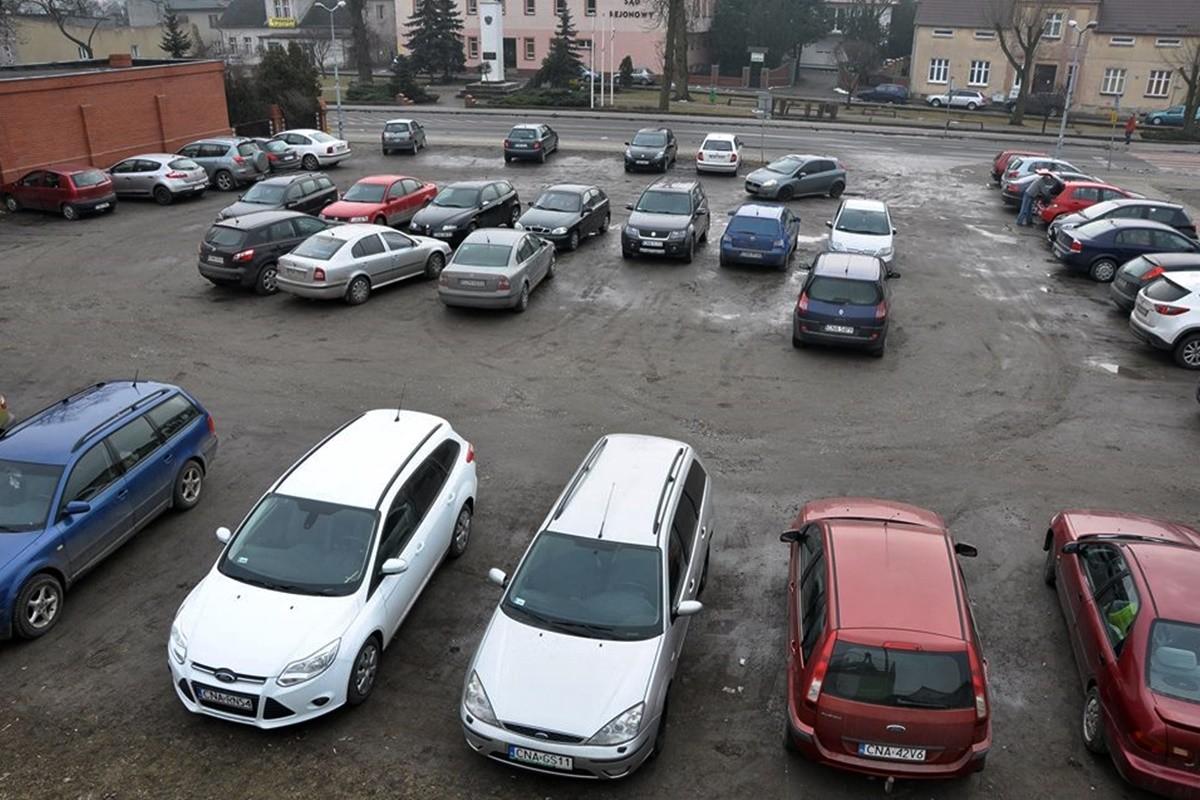 parking - plac wolności, szubin - Maciej Rejment