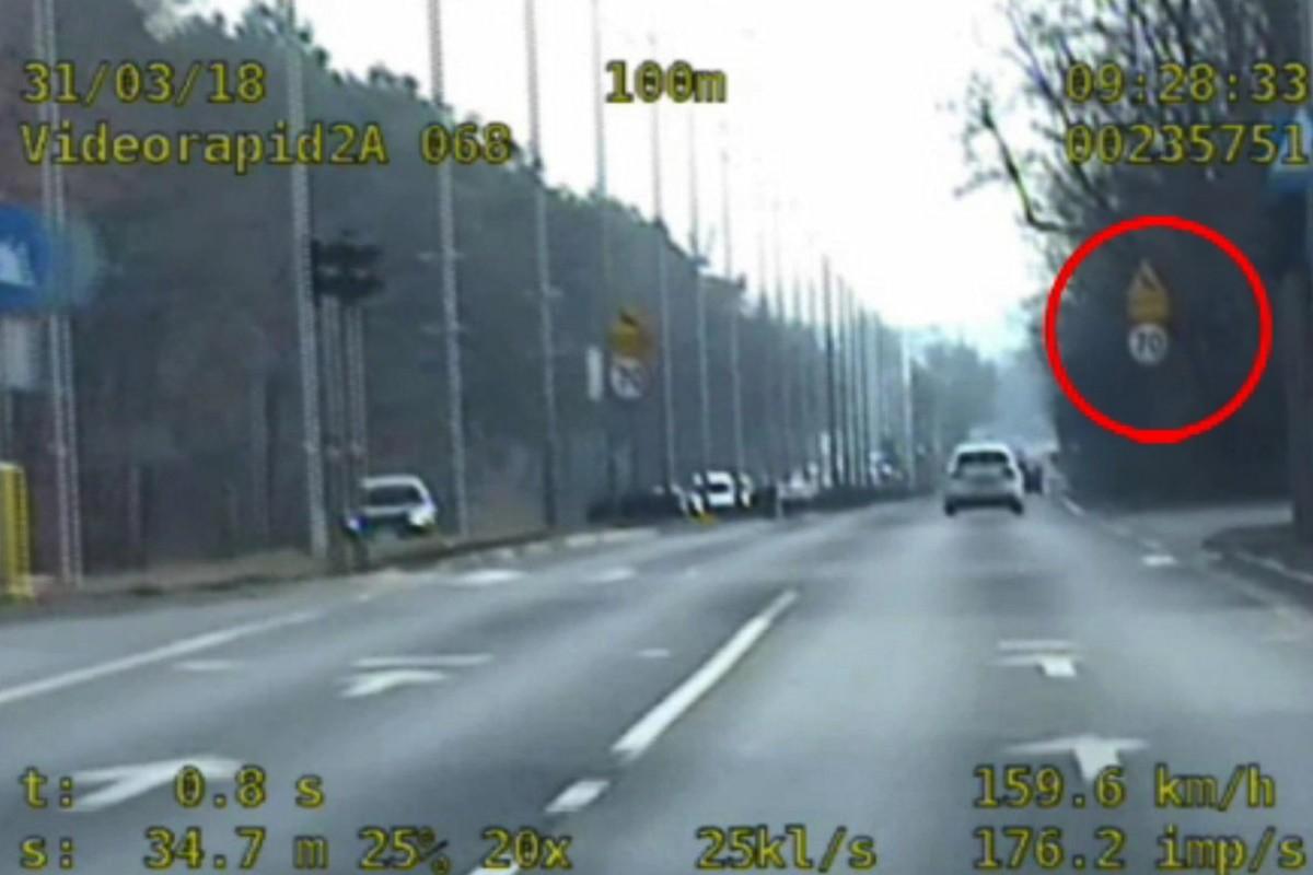 kierowca vw_przekroczenie prędkości ul. Fordońska_KWP - wideorejestrator