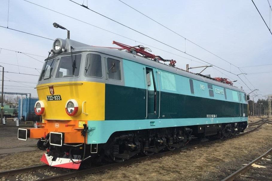 lokomotywa-et22-kolej-pkpcargo