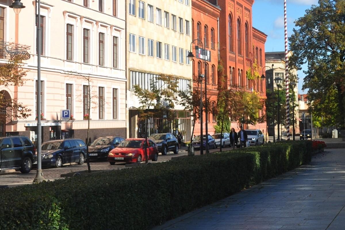 Plac Wolności_ Bydgoszcz - ruch samochodów