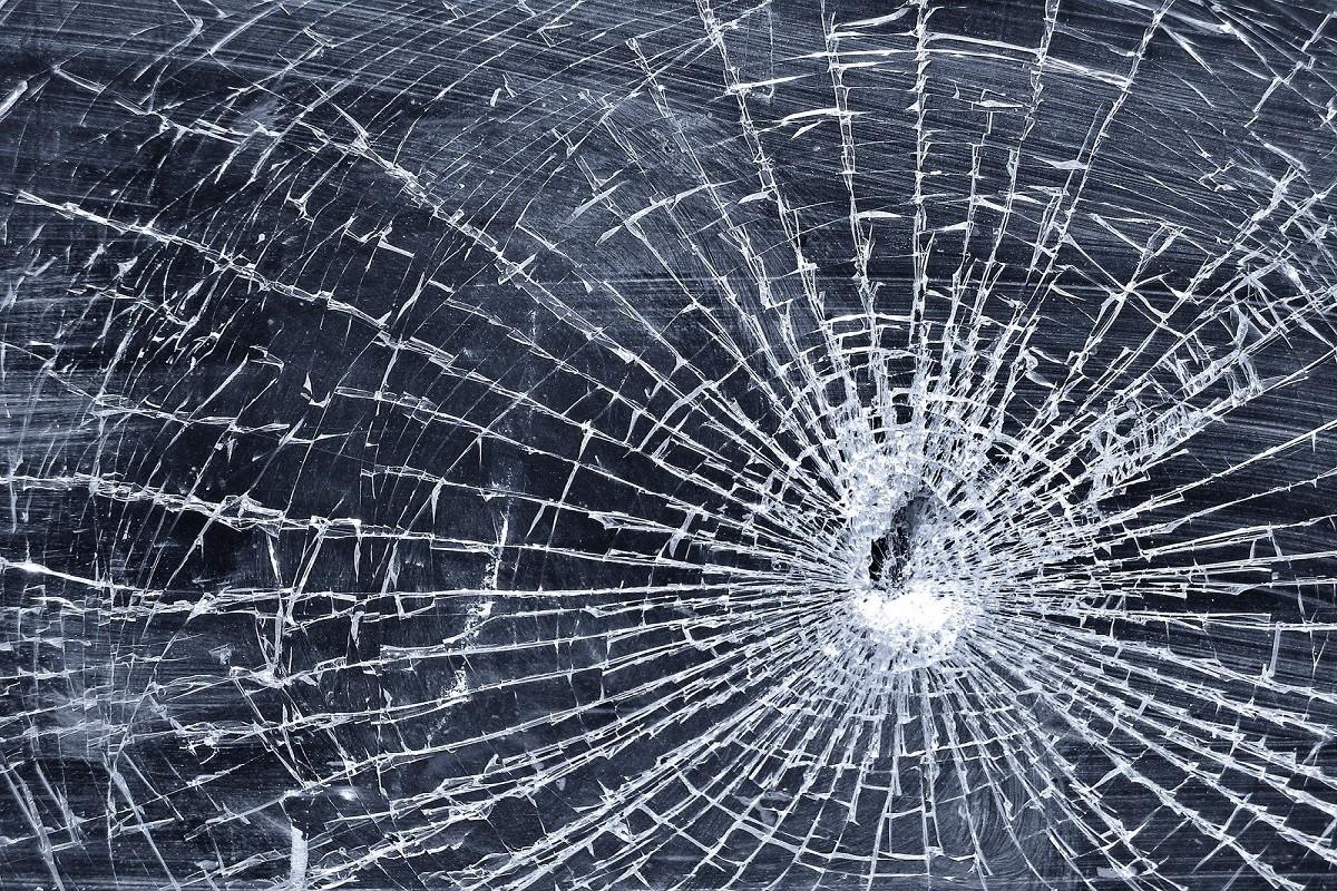 broken-glass-1172079