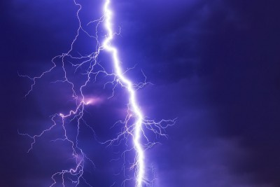 burza-piorun-ulewa-ostrzeżenie-PIXABAY