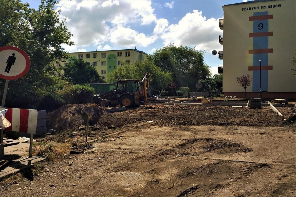 Budowa parkingu przy Szarych.Sz_SG (1)