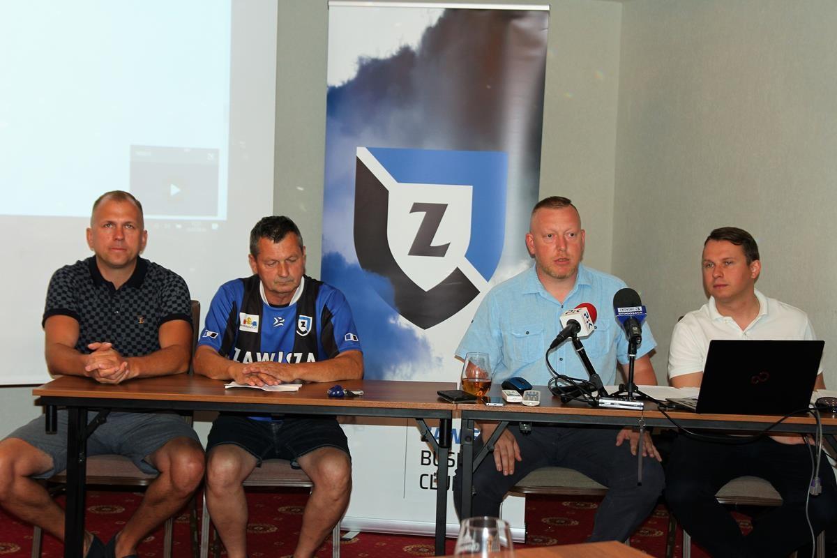 Jerzy Mickuś, Marek Gaczkowski, Krzysztof Bess, Adam Bułat_ konferencja SP Zawisza Bydgoszcz_ SG