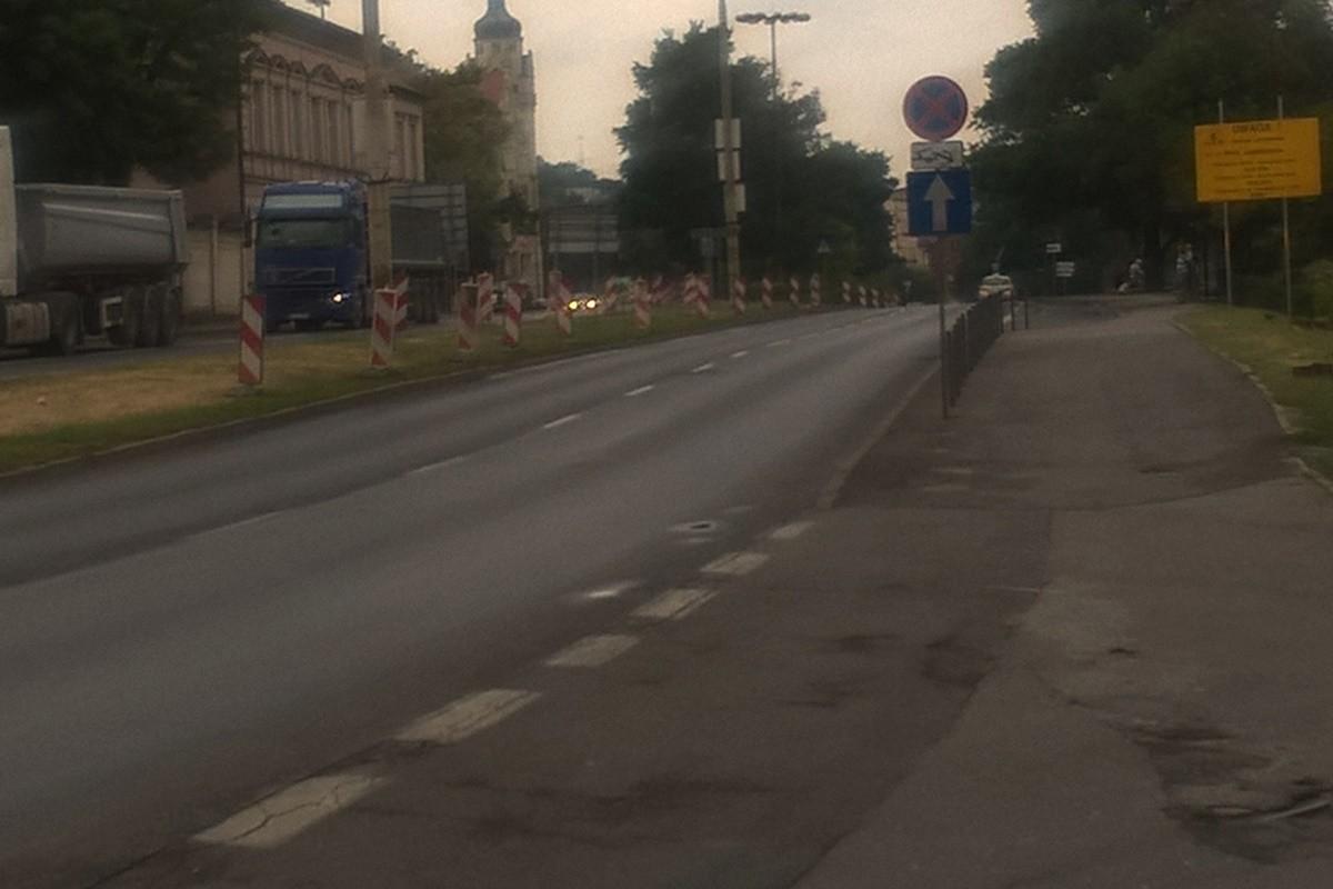 Wały Jagiellońskie_ przygotowania do budowy buspasa_ SF