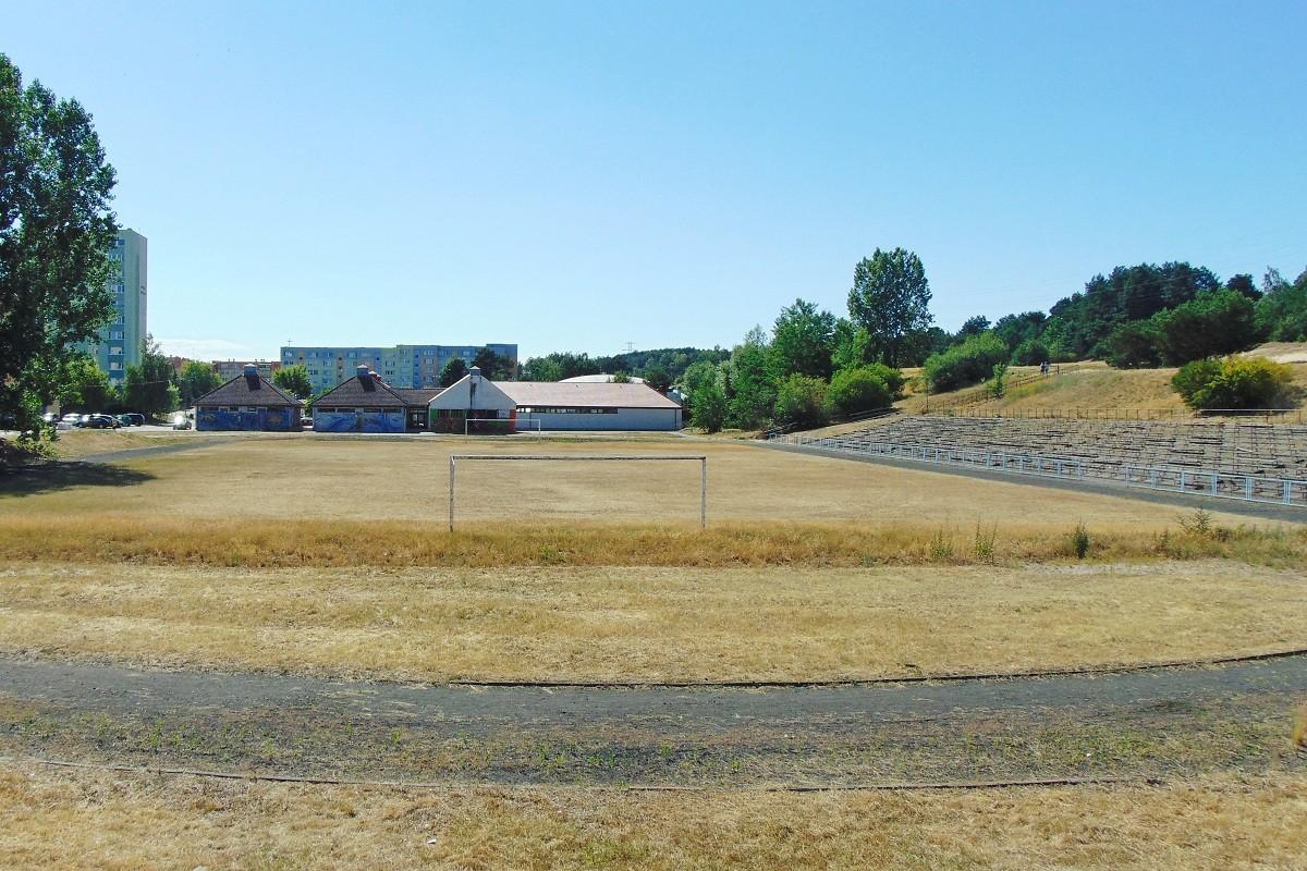 stadion piwnika ponurego fordon