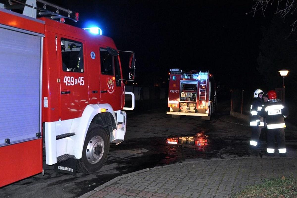 straż pożarna_wóz strażacki - na sygnale_ Maciej Rejment-1