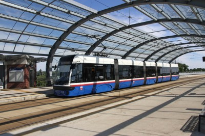 tramwaj_ linia nr 5_ kierunek Rycerska (przystanek Dworzec Wschodni)_ SF