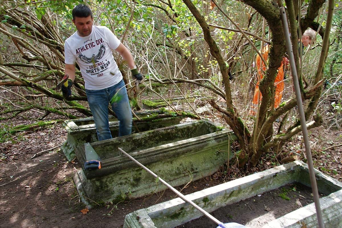 Groby ewangelickie Fordon_porządkowanie_SG (2)