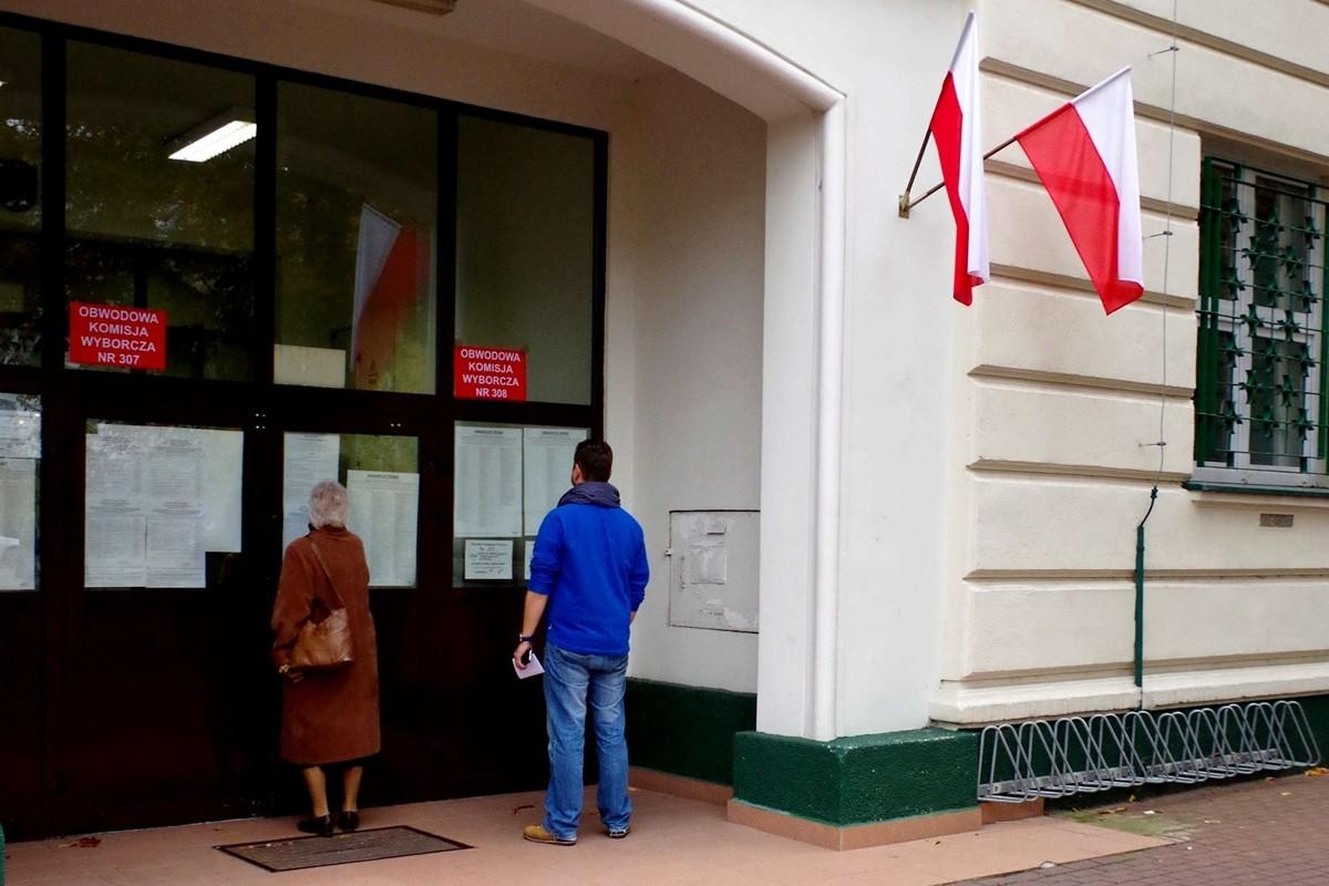 Wybory_parlamentarne_w_Polsce_w_2015_roku_01_wikipedia