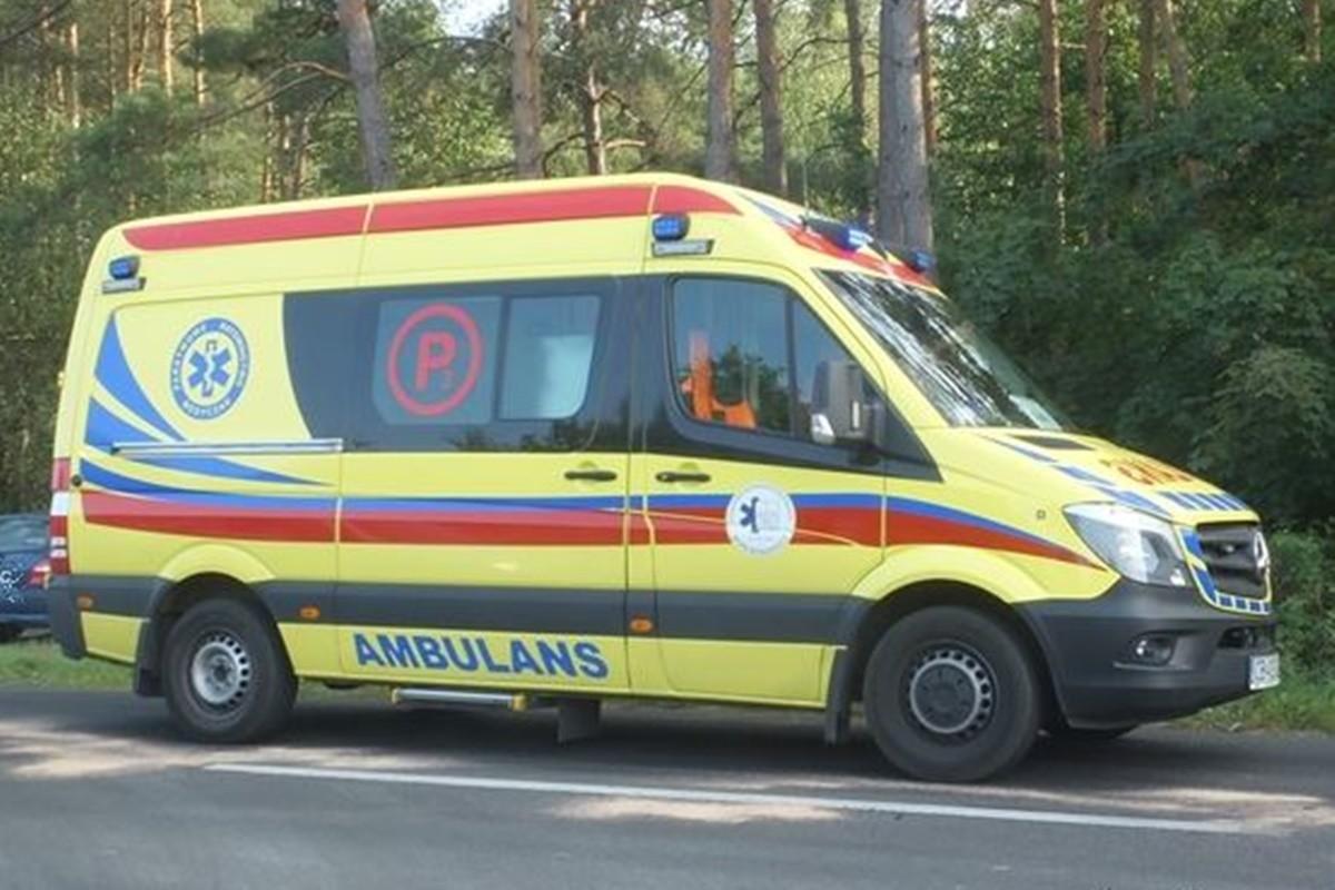 ambulans_karetka P_ na sygnale - Zbigniew Kubisz
