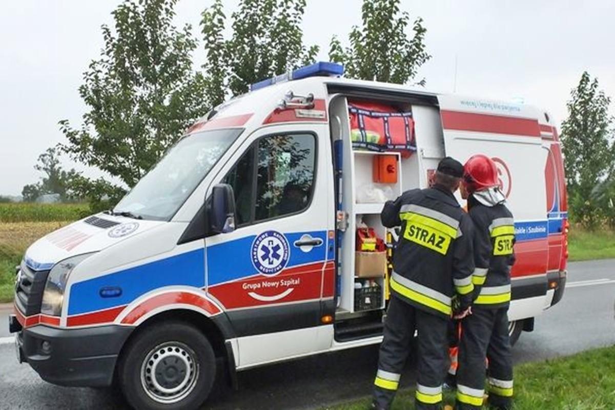 ambulans_karetka S_ na sygnale - Zbigniew Kubisz