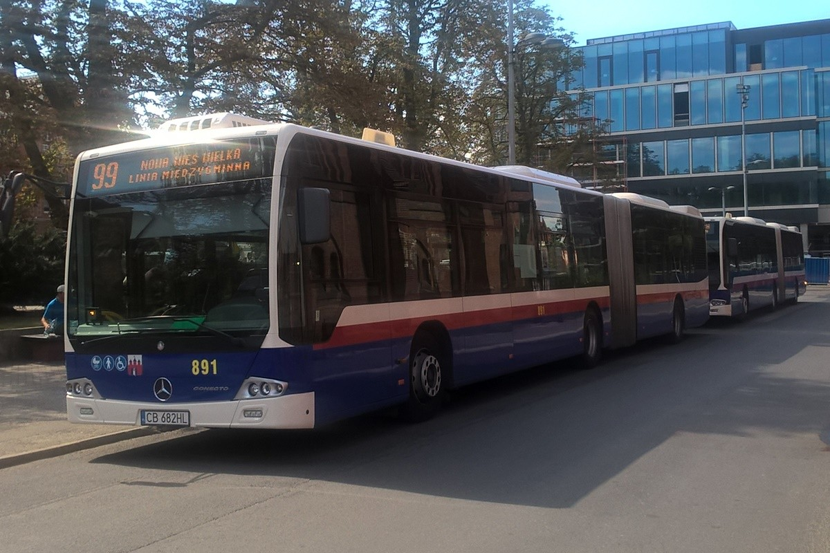 autobus_ linia międzygminna 99 - kierunek Nowa Wieś Wielka_ przystanek plac Kościeleckich - SF