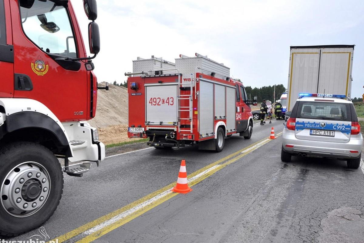 straż pożarna, policja_ na sygnale - wypadek-2_ MR