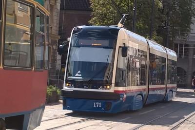 tramwaj_ linia nr 1-kierunek Las Gdański_ SF