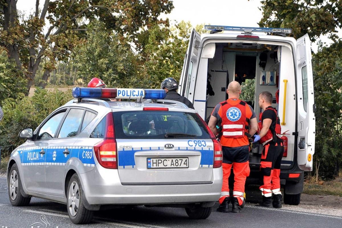 policja_pogotowie - na sygnale_ MR