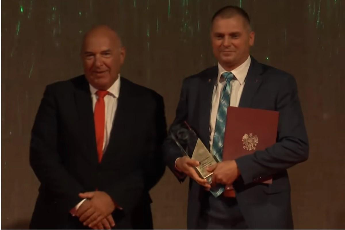 sławomir obręcki_ nagroda Nitro-Chem XXVI Targi Przemysłu Obronnego Kielce