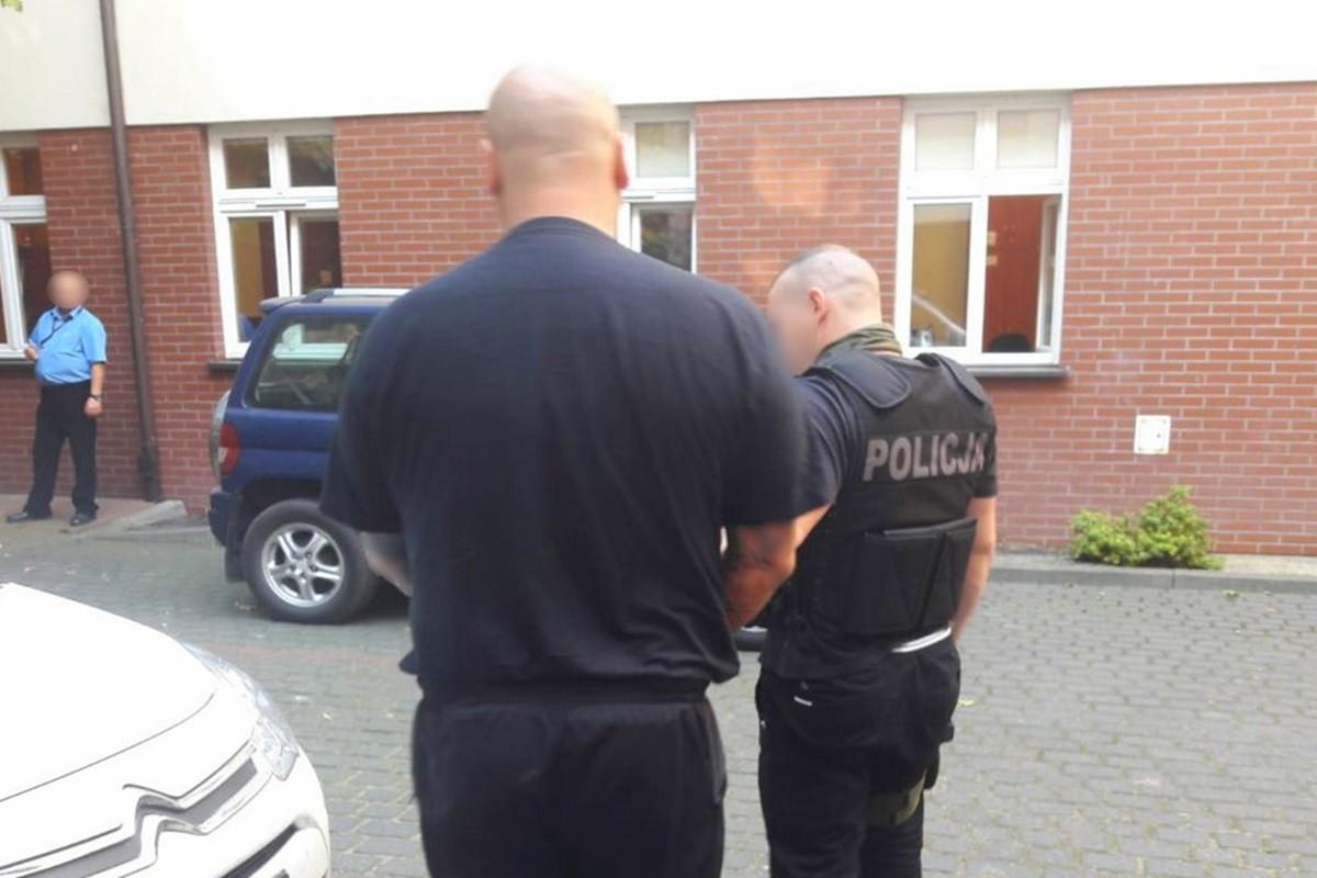 zatrzymanie_ podejrzany o pobicie - KWP Bydgoszcz (1)
