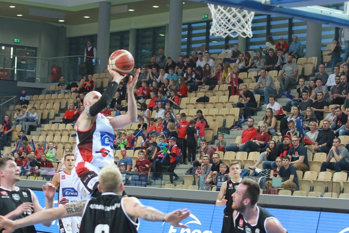 Enea Astoria Bydgoszcz-AZS AGH Kraków_ I liga koszykarzy - Grzegorz Kukiełka_ SF