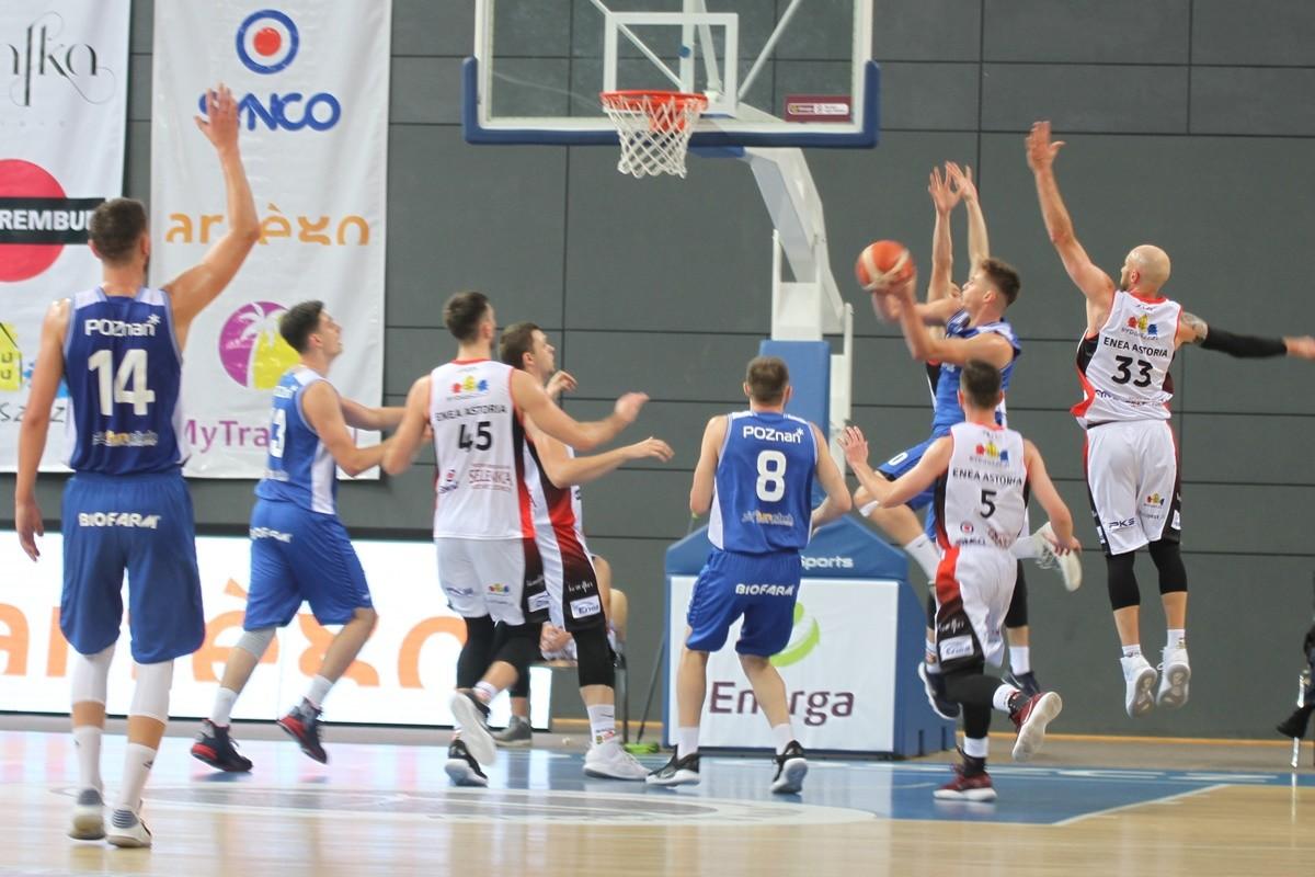 I liga koszykarzy_ Enea Astoria Bydgoszcz-Biofarm Basket Poznań_ SF (11)