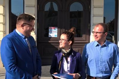 Ireneusz Nitkiewicz, Monika Matowska, Jakub Mikołajczak - konferencja ws. in vitro Bydgoszcz - SF