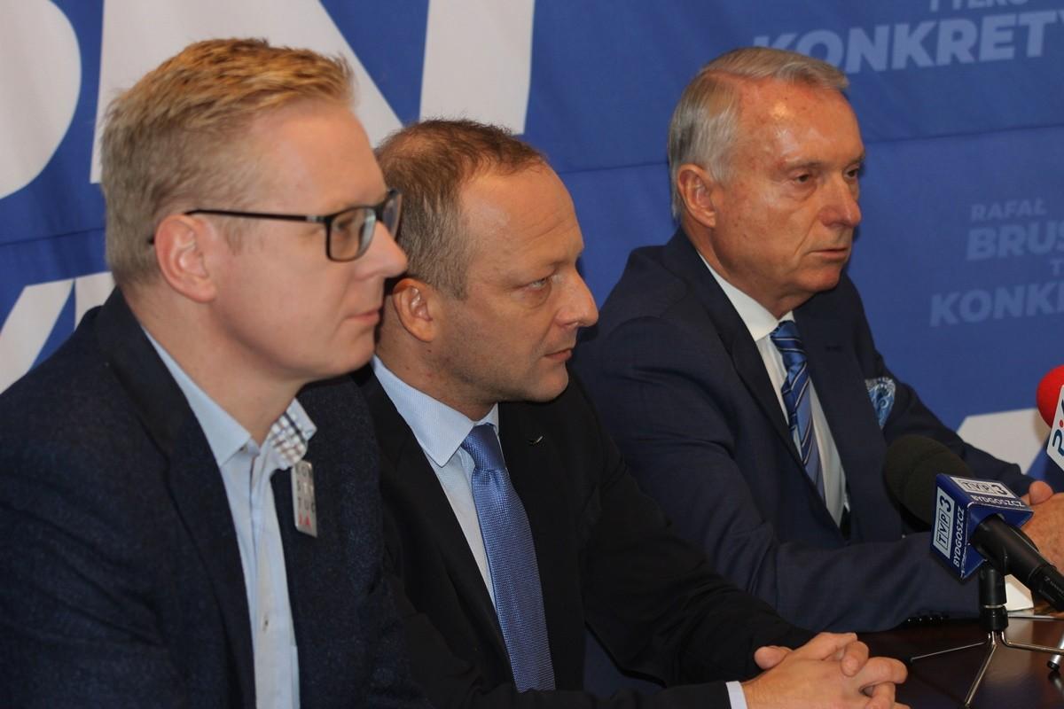 Michał Stasiński, Paweł Olszewski, Zbigniew Pawłowicz - konferencja PO Bydgoszcz_ SF