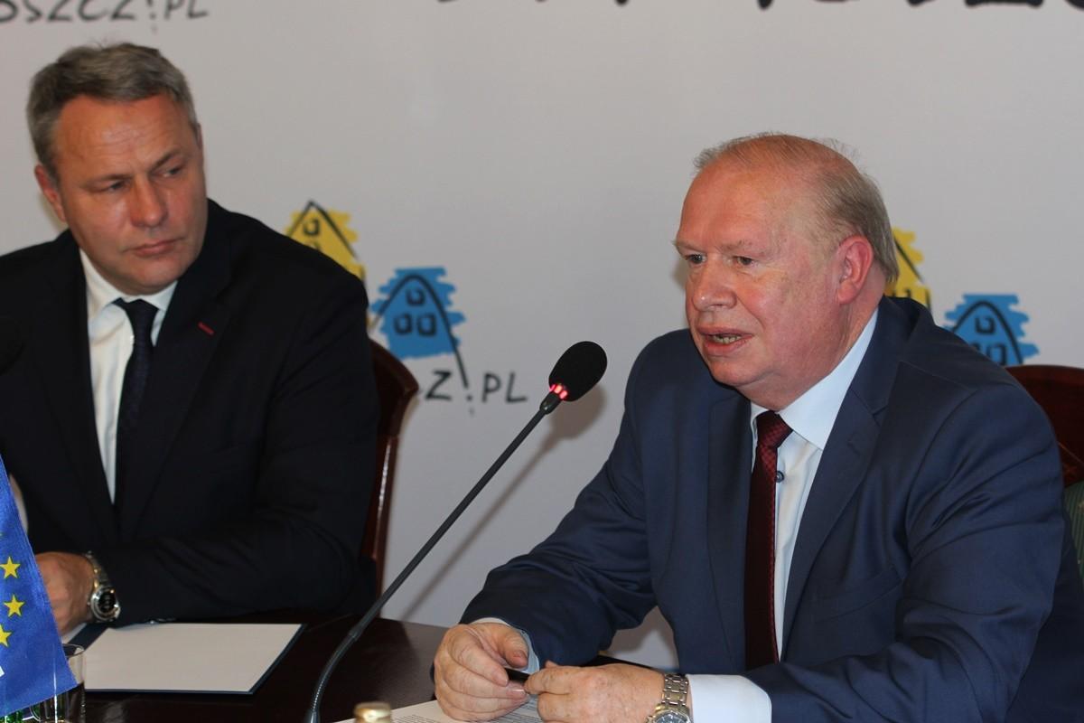 Rafał Bruski, Jerzy Kanclerz - podpisanie listu intencyjnego w sprawie Polonii_ SF (2)